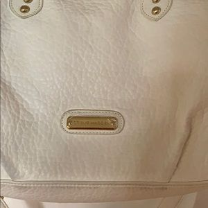 Steve Madden Bags - White Steve Madden purse with pink interior